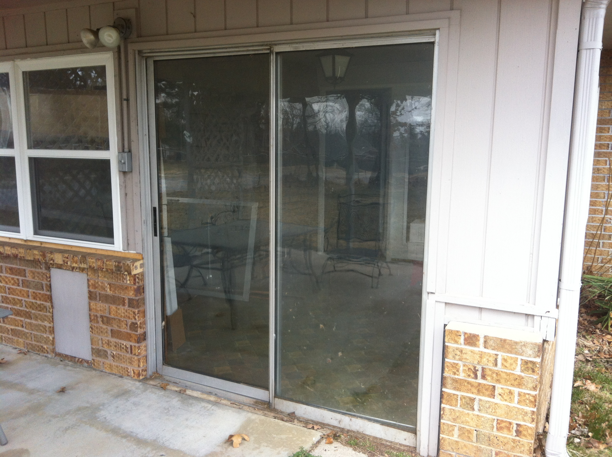 New Sliding Glass Door Bachelorette Pad Flip