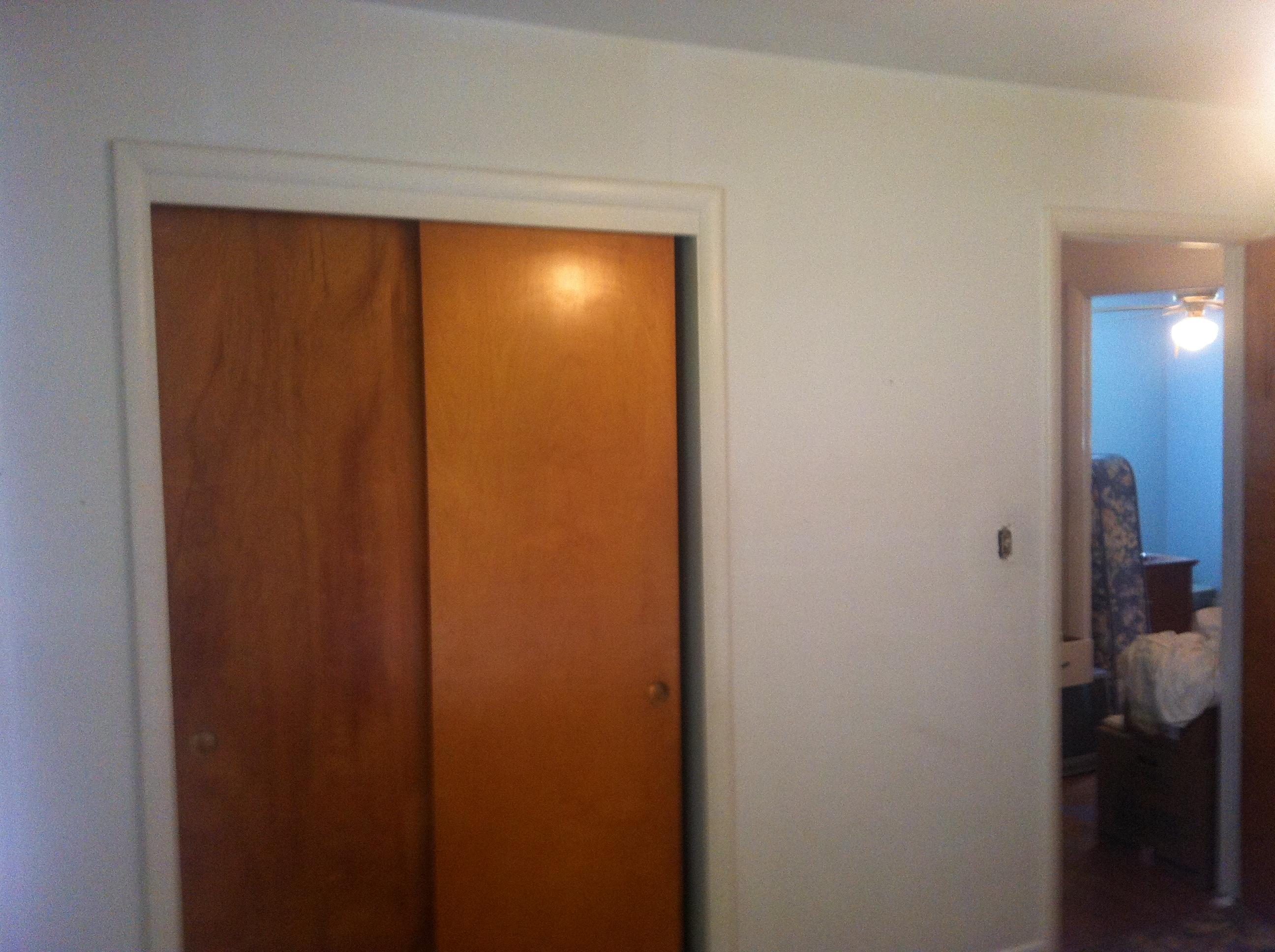 Flip 3 Grandpa's Bedroom 004